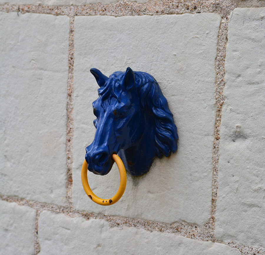 tete de cheval en fonte montpoupon